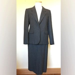 Gray Wool Classic Skirt Suit, Size 6